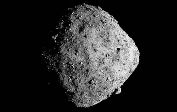 Зонд NASA взял образцы грунта с астероида Бенну